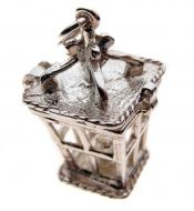 Traditional Victorian Street Lantern Charm