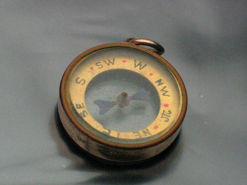 9ct Gold Compass Charm Pendant 1905 Birmingham