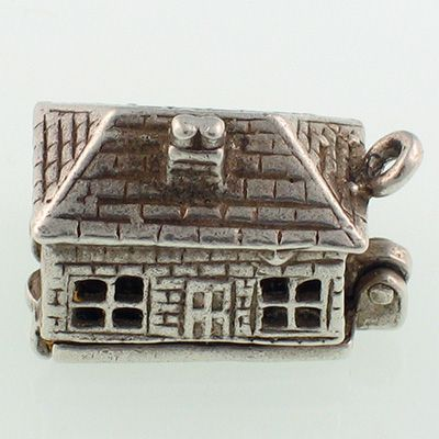 Nuvo Cottage Silver Charm